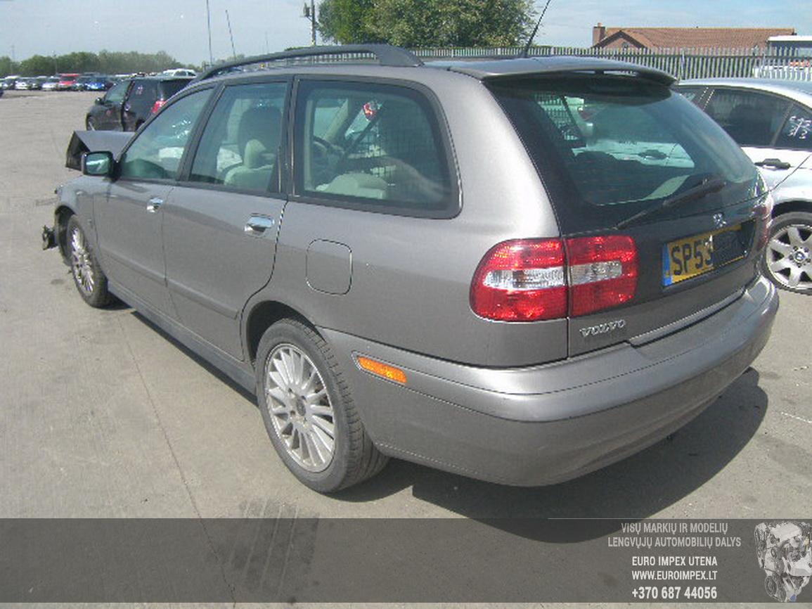 Foto-2 Volvo V40 V40, 2000.07 - 2004.06 2004 Dyzelis 1.9