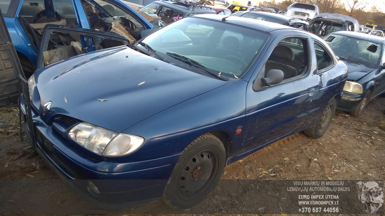 77003297183h S10360300k Fuse Box Renault Megane 1998 16l 30eur In 2005 Foto 1 199511 199902 Petrol 16