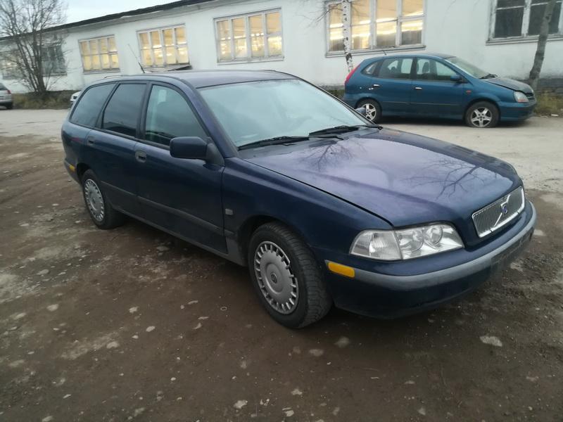 Foto-3 Volvo V40 V40, I 1995.07 - 2000.07 1999 Diesel 1.9