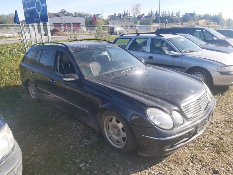 Foto-1 Mercedes-Benz E-CLASS W211, 2002.03 - 2006.04 2005 Dyzelis 2.2