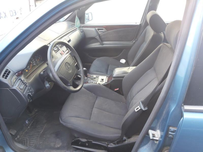 Foto-4 Mercedes-Benz E-CLASS W210, 1995.06 - 1999.07 1996 Dyzelis 2.9