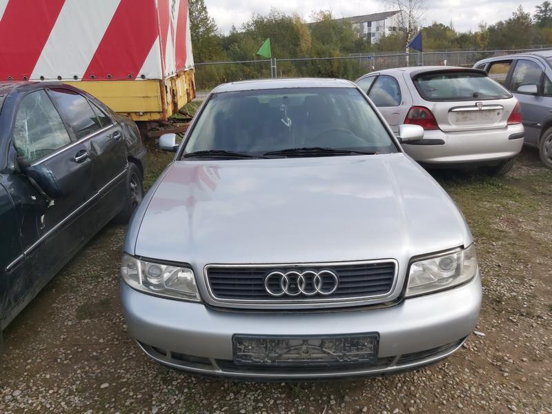 Foto-3 Audi A4 A4, B5 1999.09 - 2001.08 facelift 2000 Diesel 2.5