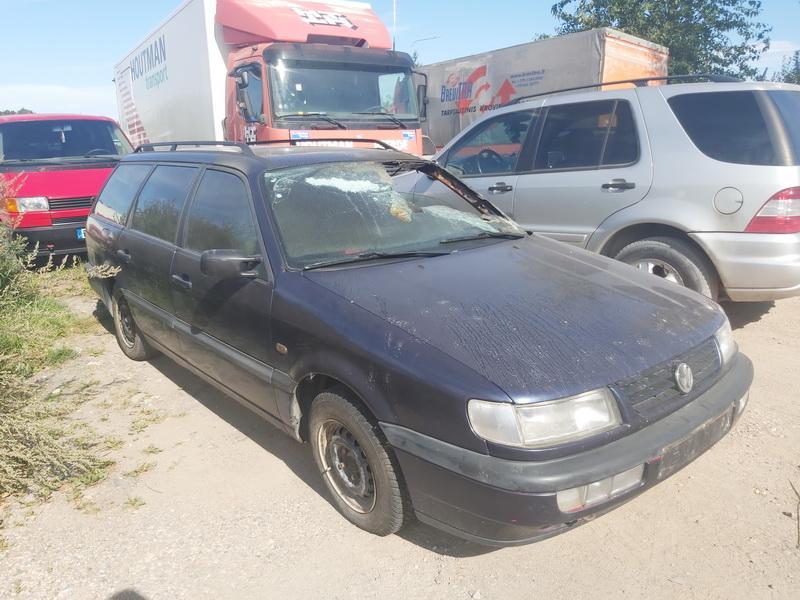 Foto-1 Volkswagen Passat Passat, B4 1993.07 - 1996.08 1996 Dyzelis 1.9