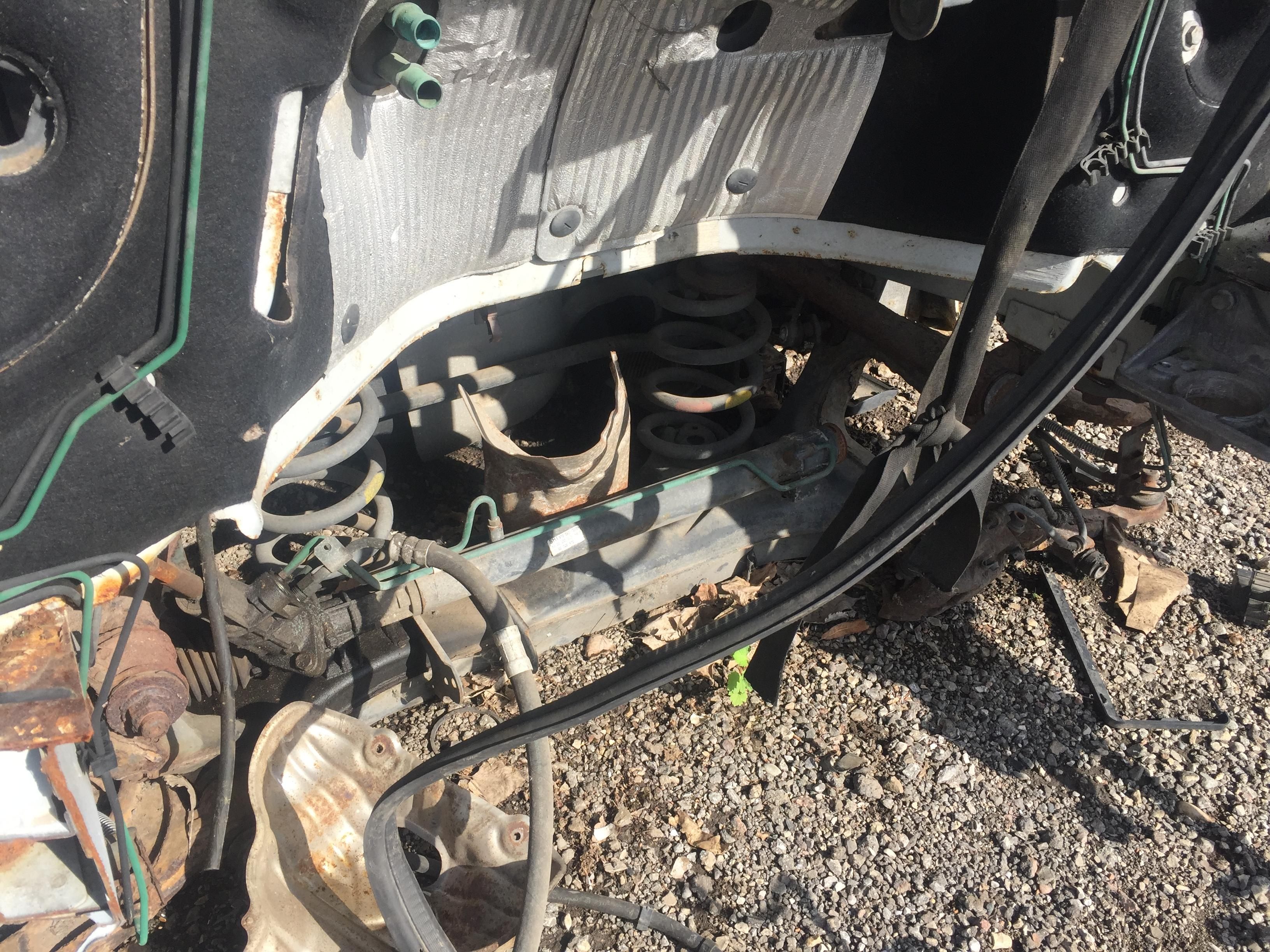 7703297587 Used Fuse Box Renault Master 2001 28l 30eur Eis00435980 Trafic Under Bonnet Foto 4 1997 2002 Diesel 28