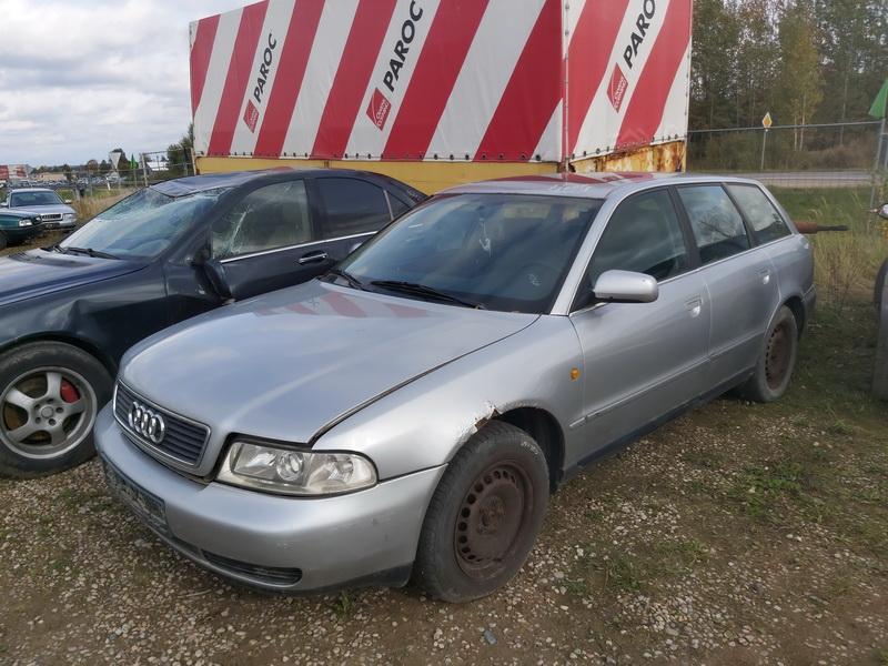 Foto-4 Audi A4 A4, B5 1999.09 - 2001.08 facelift 2000 Diesel 2.5
