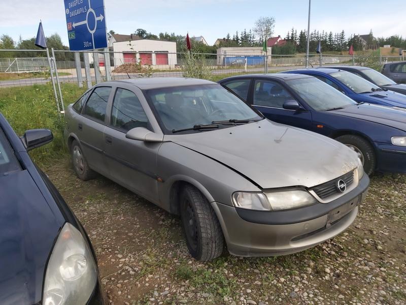 Foto-1 Opel Vectra Vectra, B 1995.09 - 2000.09 1998 Dyzelis 2.0