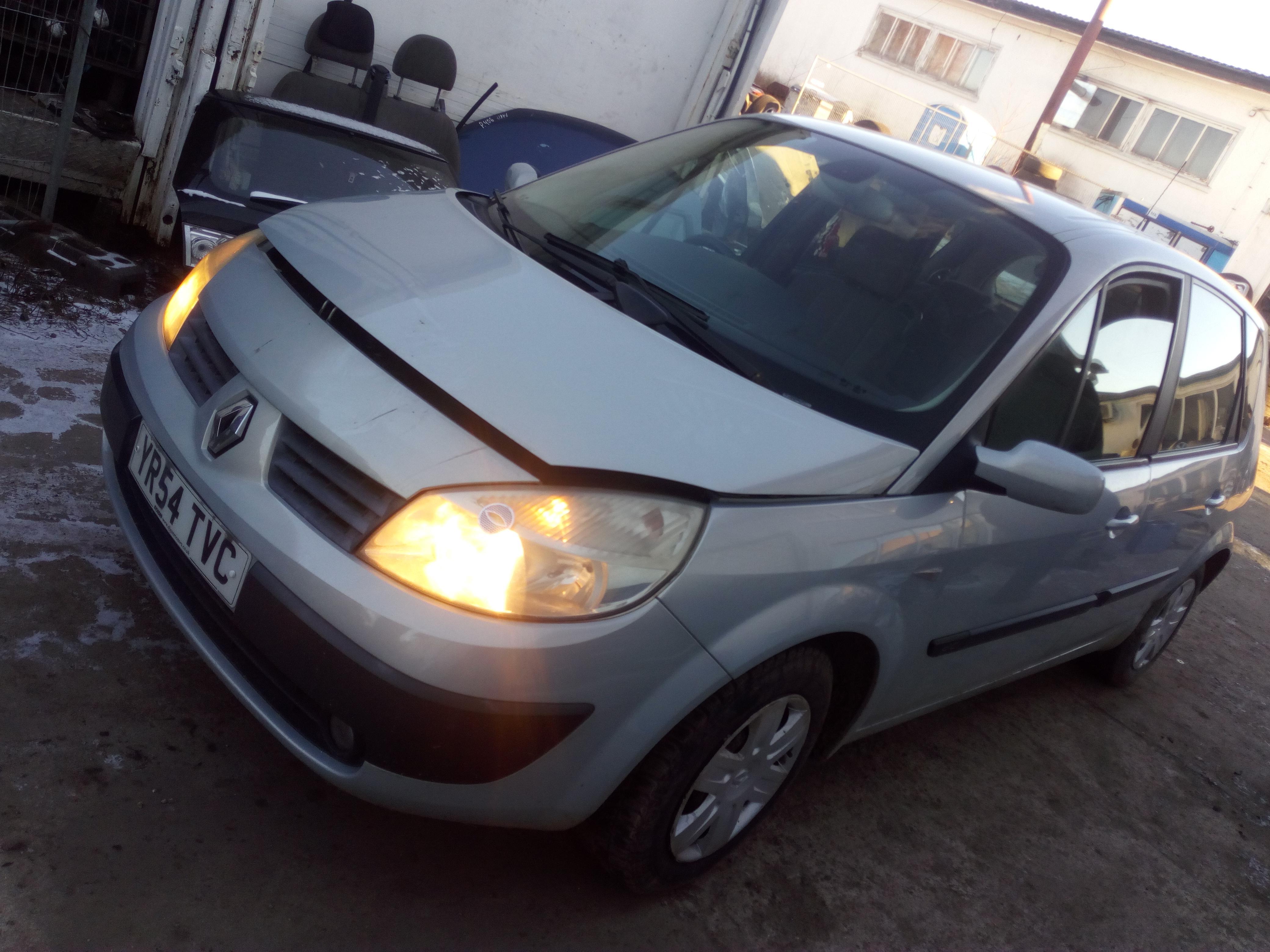 8200166686 Used Gearbox Renault Scenic 2004 15l 100eur Eis00328555 04 Fuse Box Foto 3 200306 200606 Diesel 15