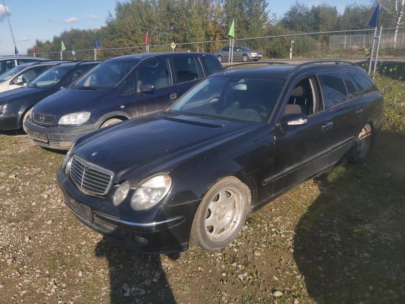 Foto-4 Mercedes-Benz E-CLASS W211, 2002.03 - 2006.04 2005 Dyzelis 2.2