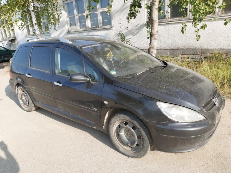 Foto-1 Peugeot 307 307, 2000.08 - 2005.06 2003 Universalas Dyzelis 2.0