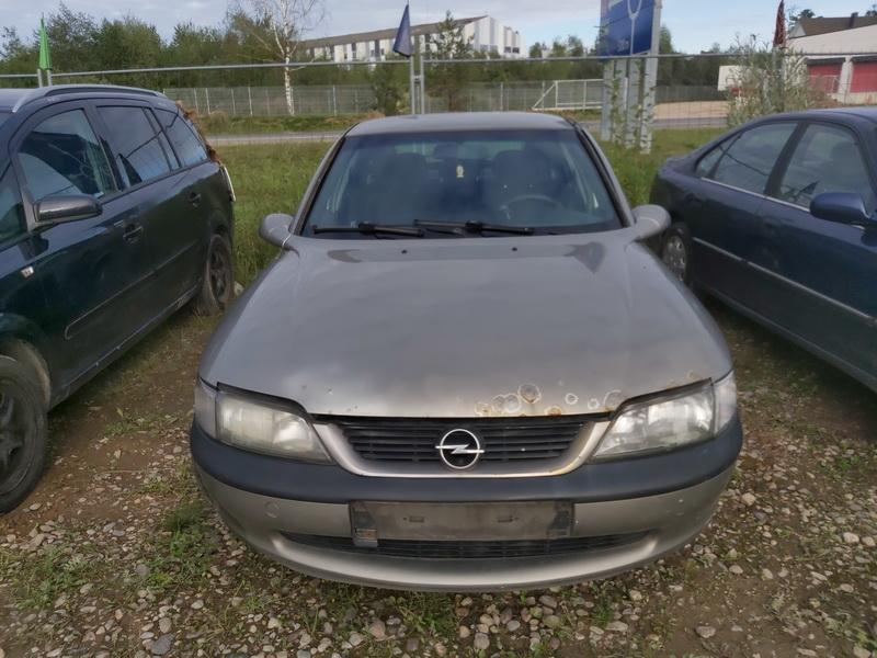 Foto-3 Opel Vectra Vectra, B 1995.09 - 2000.09 1998 Dyzelis 2.0
