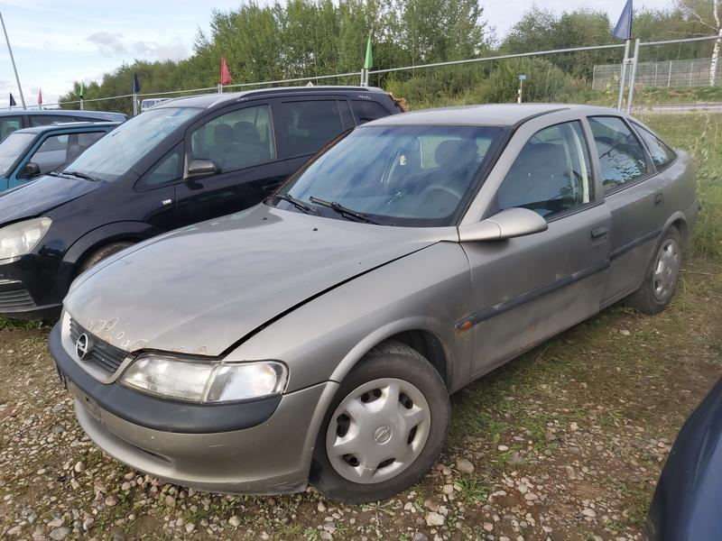 Foto-4 Opel Vectra Vectra, B 1995.09 - 2000.09 1998 Dyzelis 2.0