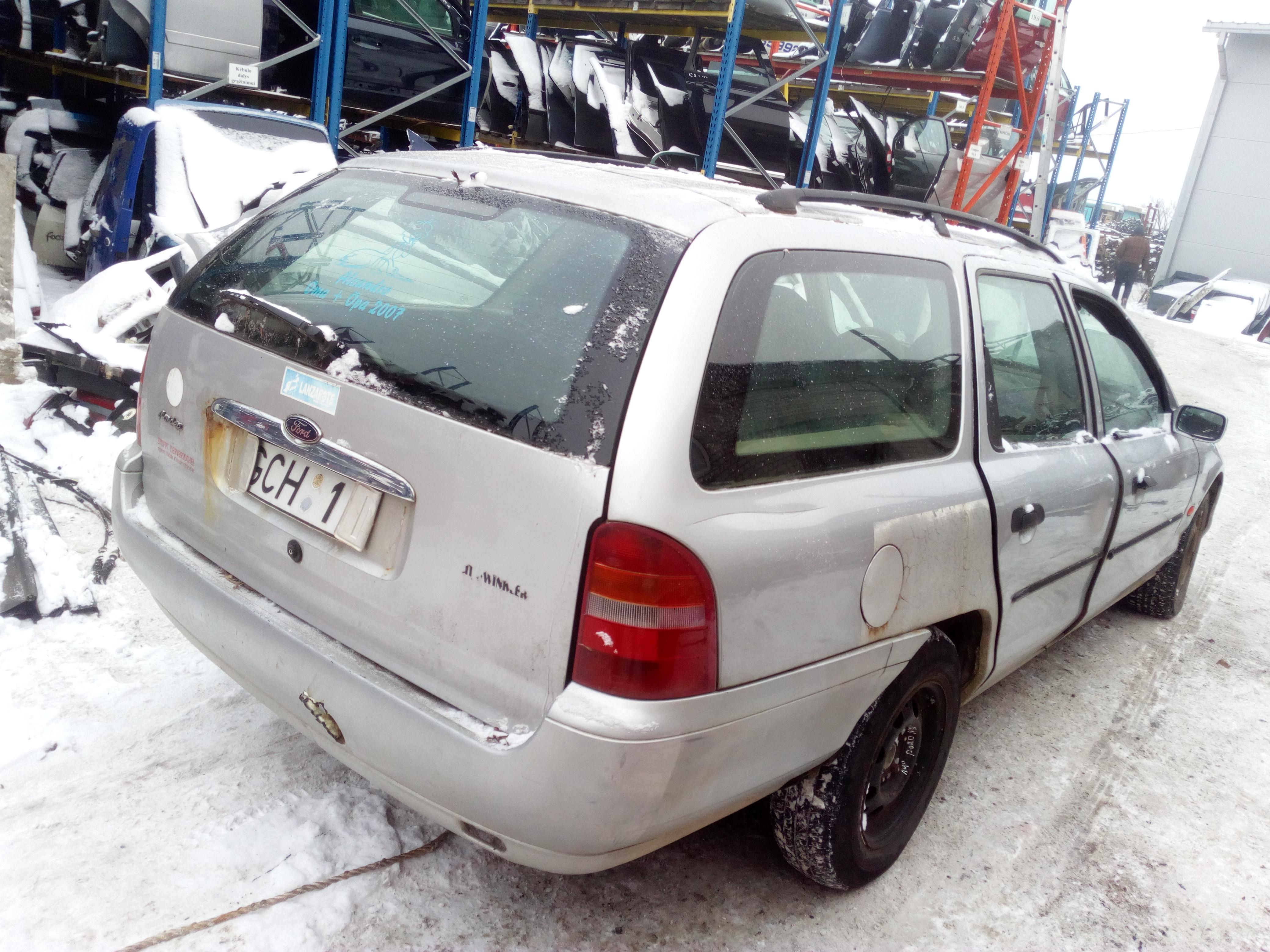 Used Fuse Box Ford Mondeo 1999 20l 10eur Eis00329652 Car Foto 1 199609 200011 Petrol 20