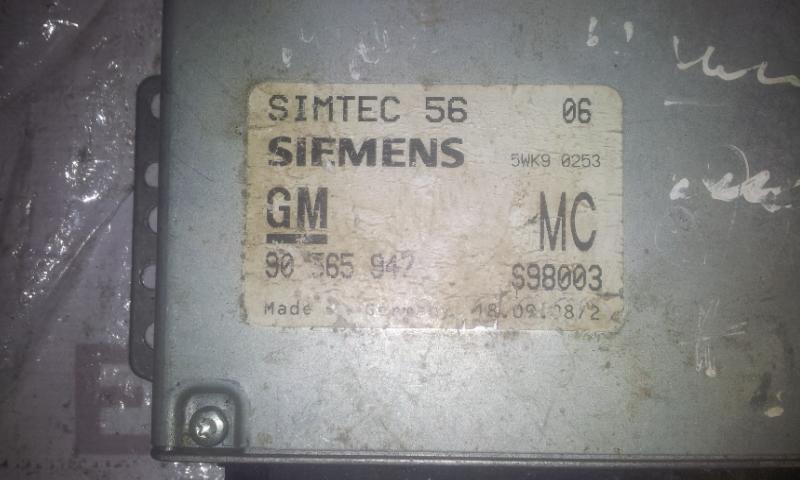 Блок управления двигателем 90565947 S98003 Opel OMEGA 1994 2.5