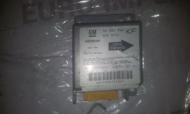 SRS Airbag kompiuteris 90481746KF 5WK4090 Opel TIGRA 1997 1.4