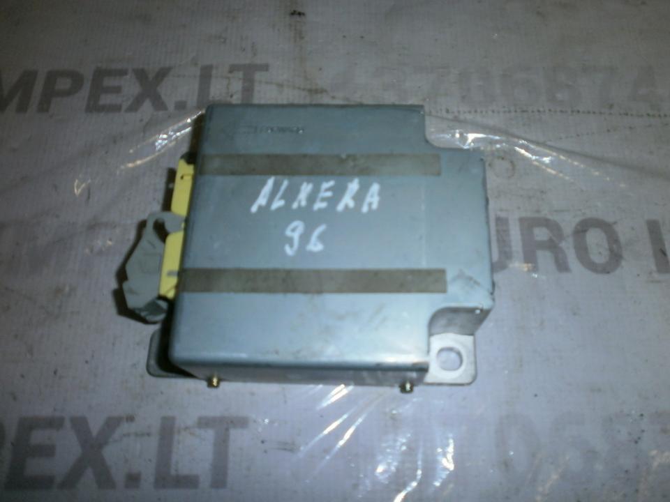 Блок управления AIR BAG  285561N900  Nissan ALMERA 1995 1.6