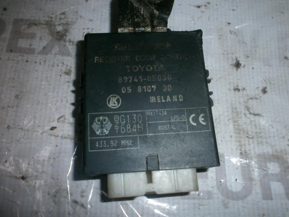Kiti kompiuteriai 8974105030 05810730 Toyota AVENSIS 2005 2.2