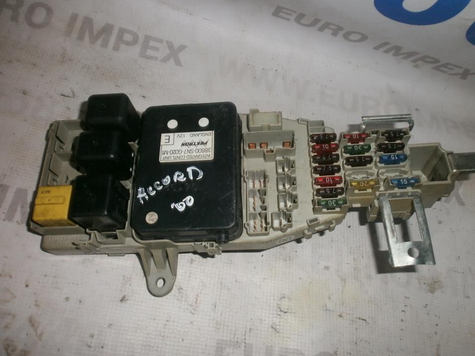 Saugikliu deze 38600sn7g020m1  Honda ACCORD 2000 2.3