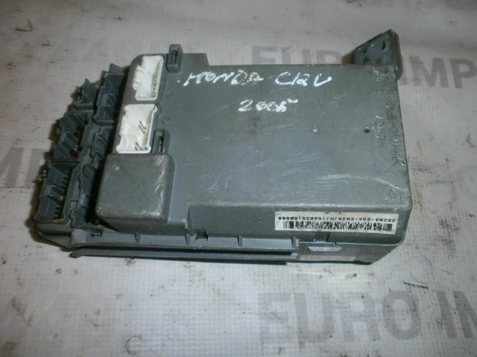 Saugikliu deze 3820as9ae030  Honda CR-V 2004 2.0