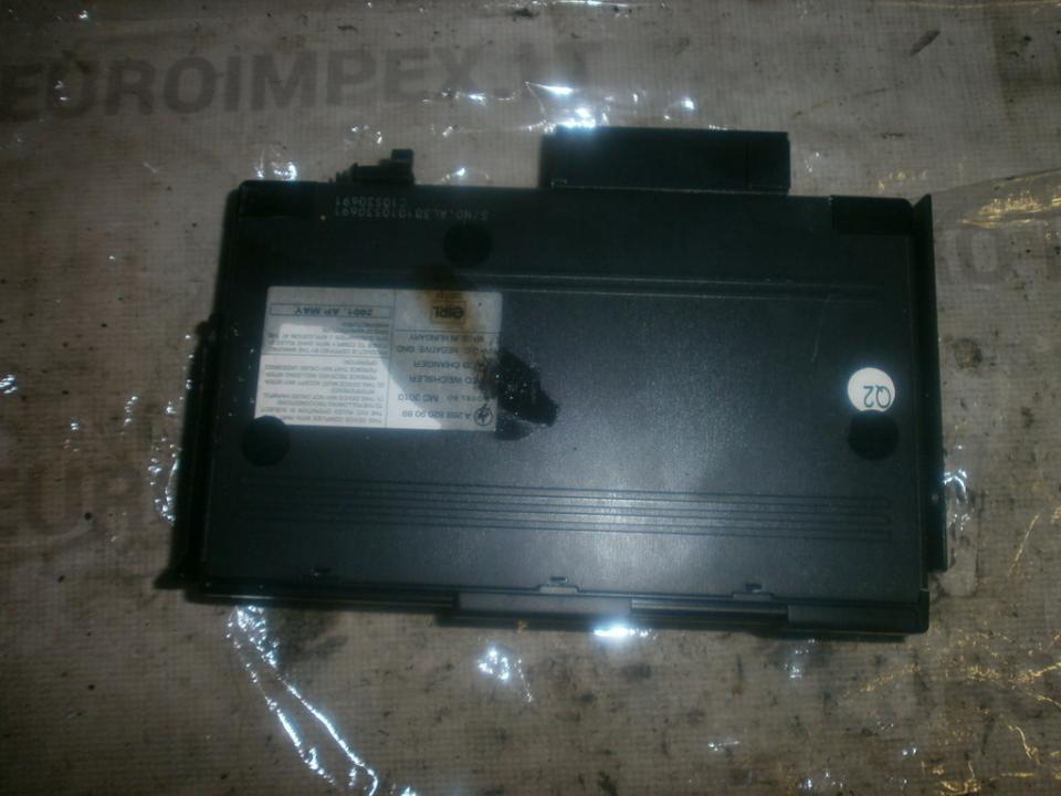 держатель cd-проиг a2038209089  Mercedes-Benz CLK-CLASS 2005 2.7