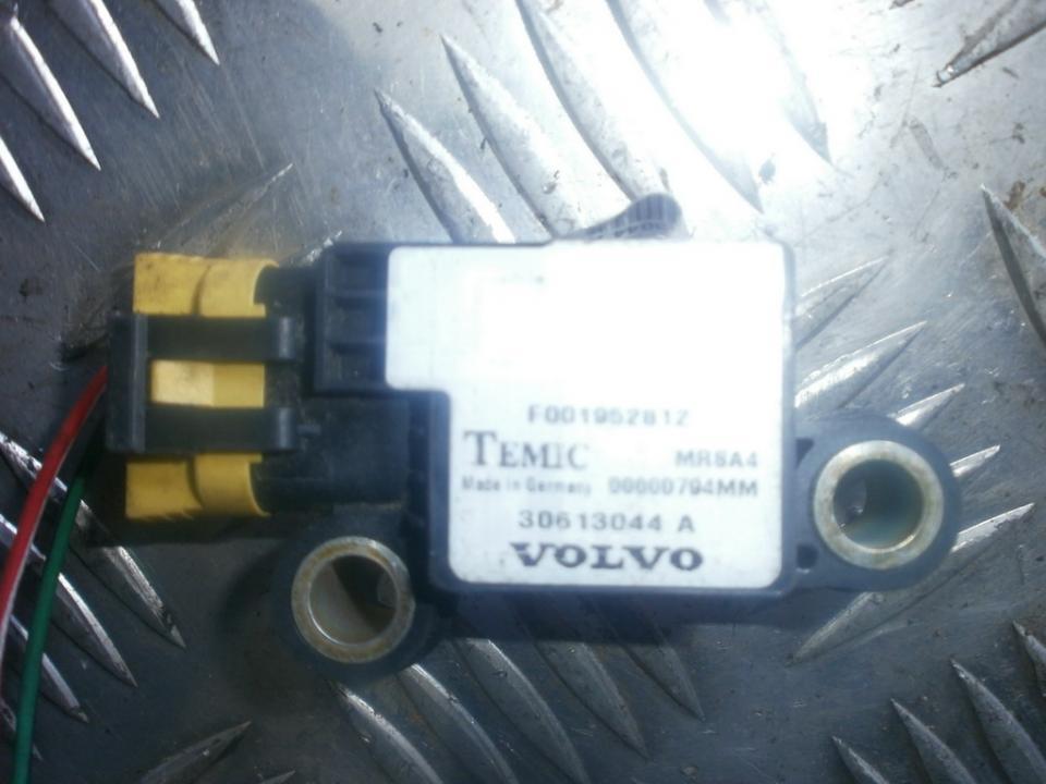 Srs Airbag daviklis 30613044a  Volvo V40 1998 1.9