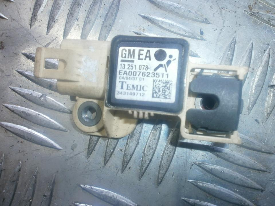 Srs Airbag daviklis 13251078  Opel ASTRA 1998 2.0