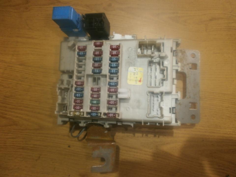 fuse box nissan almera tino 2002 1 6l 35eur eis00017066 used parts shop