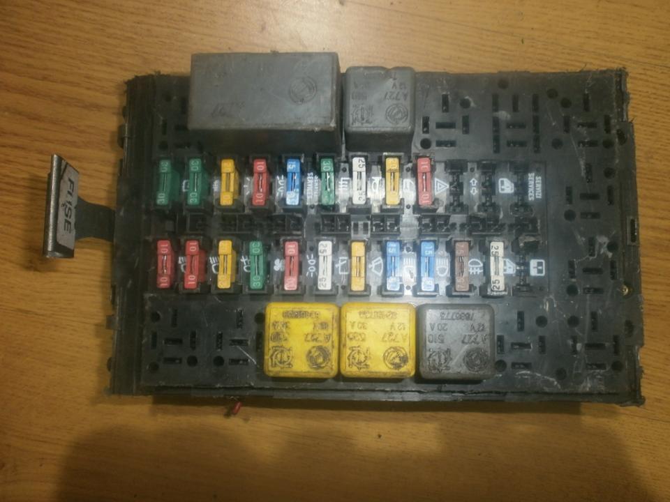 fuse box alfa-romeo 146 1995 1 6l 16eur eis00017133