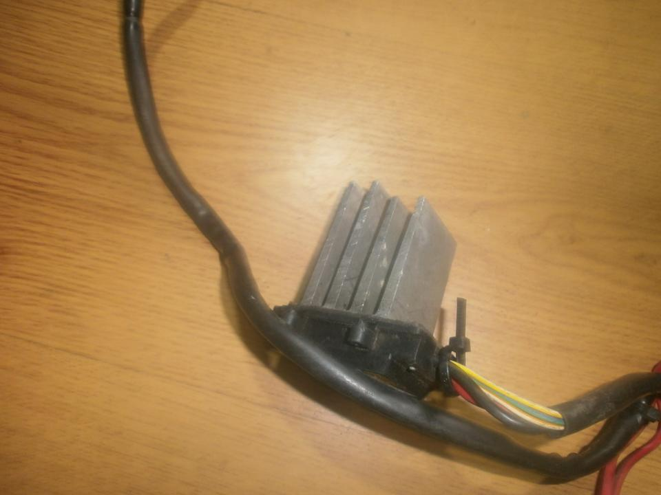 Резистор отопителя NENUSTATYTA  SAAB 9-5 1998 2.0