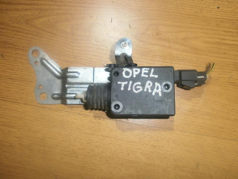 Centrinio duru uzrakto varikliukas NENUSTATYTA  Opel TIGRA 1998 1.4