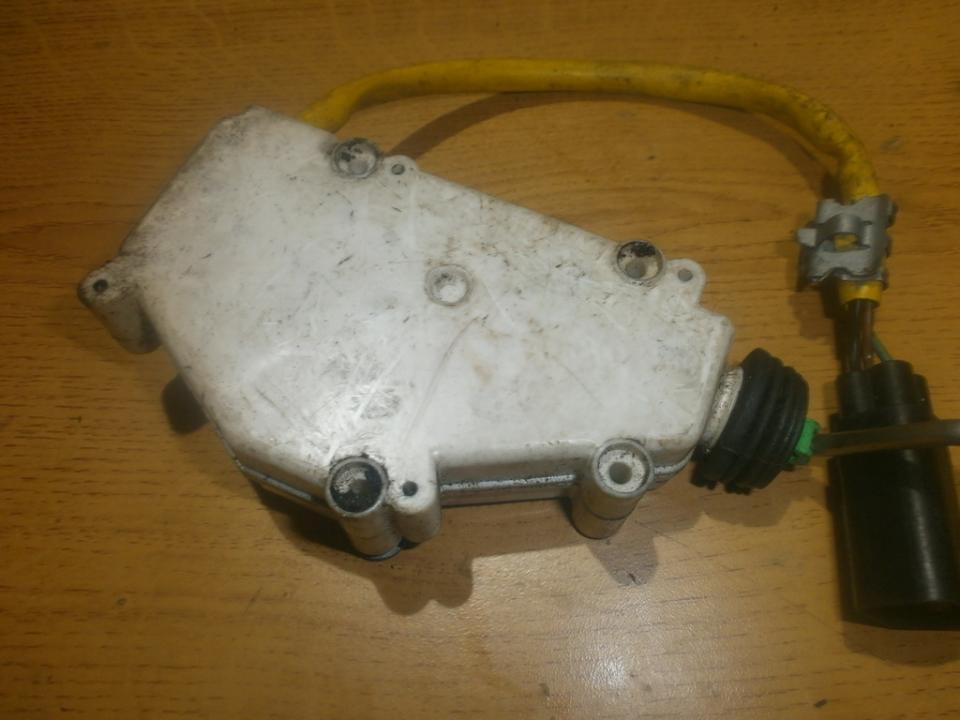 Centrinio duru uzrakto varikliukas 95vw9b241ab  Ford GALAXY 2001 1.9