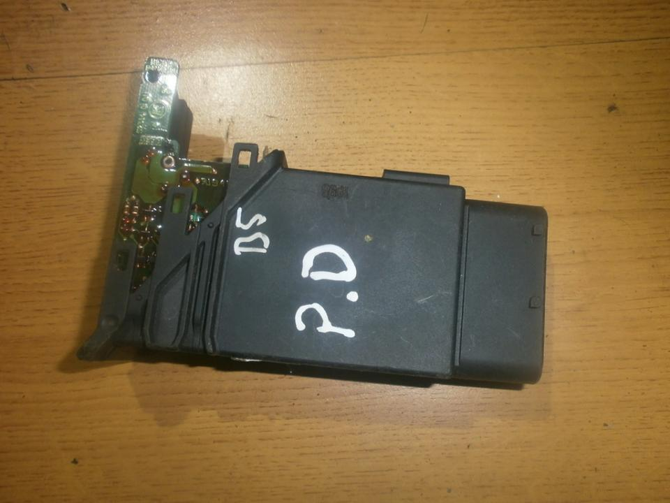 Window Motor Control unit Volkswagen Passat 1997    2.0 101431202