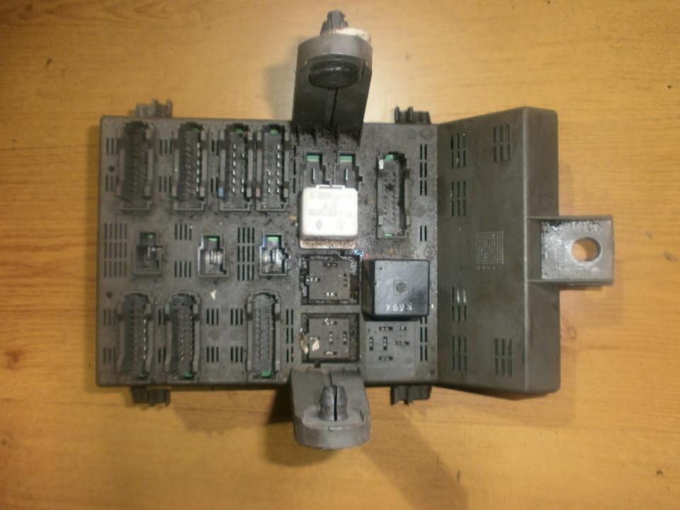 Saugikliu deze 7703197962  Renault LAGUNA 1998 2.0