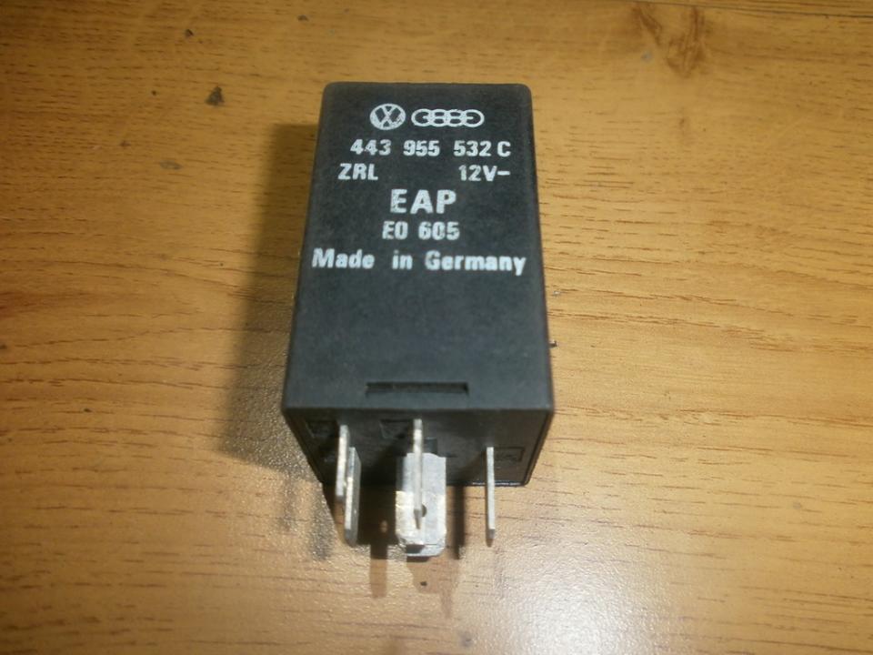 443955532C Relay module Audi 80 1994 1.9L 9EUR EIS00020083