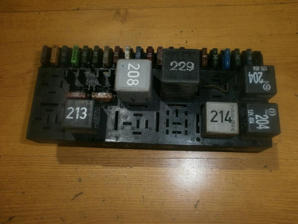 443941822b fuse box audi 80 1987 1 8l 12eur eis00020547 used 443941822b fuse box audi 80 1987 1 8l 12eur eis00020547