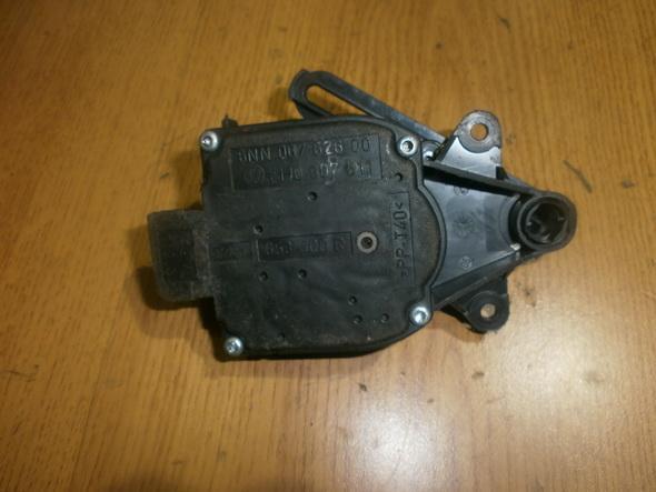 Peciuko sklendes varikliukas 1j0907511  Volkswagen GOLF 1994 1.8
