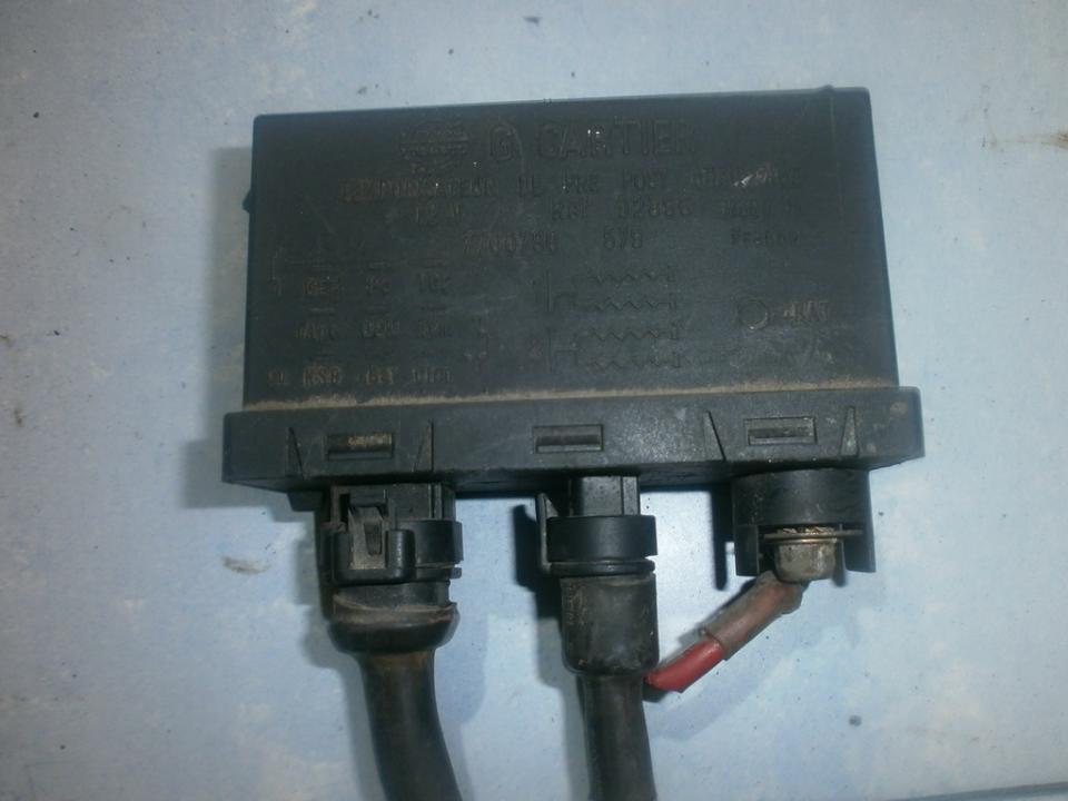 Zvakiu Pakaitinimo rele 7700790579 fuel pump relay Renault CLIO 2002 1.2