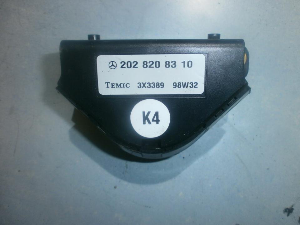 Kiti kompiuteriai 2028208310 3x3389 Mercedes-Benz CLK-CLASS 2005 2.7