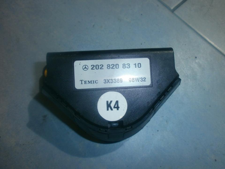 Kiti kompiuteriai 2028208310 98w32 Mercedes-Benz CLK-CLASS 1998 2.3