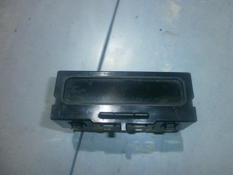 Ekranelis P7700428029A  Renault SCENIC 1998 1.6