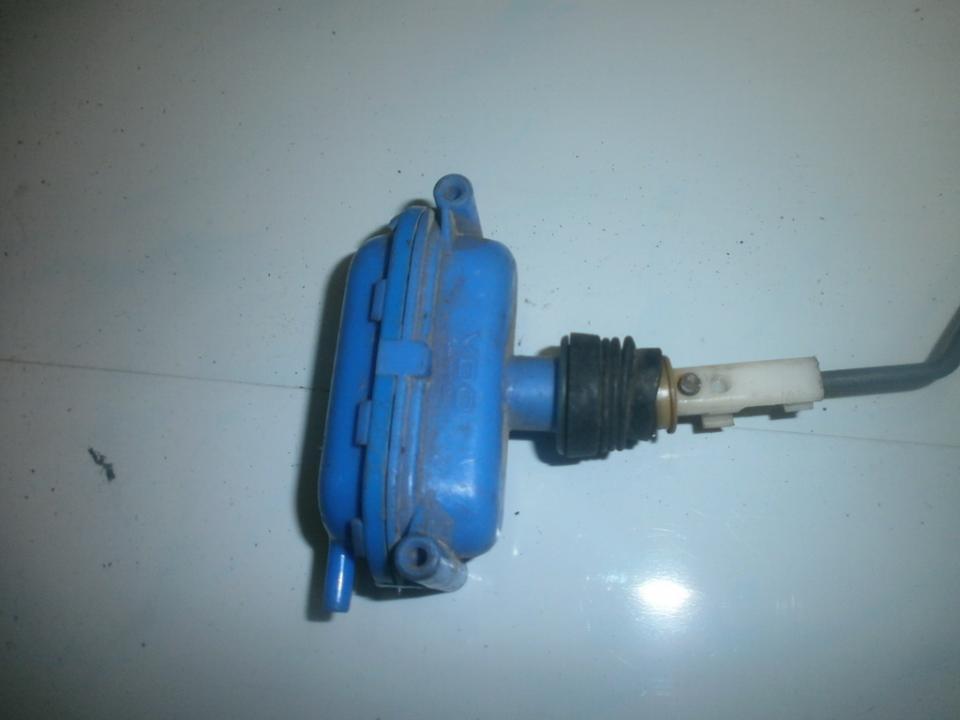 Duru uzrakto vakuumine pompele 443862153b  Volkswagen GOLF 1995 1.9
