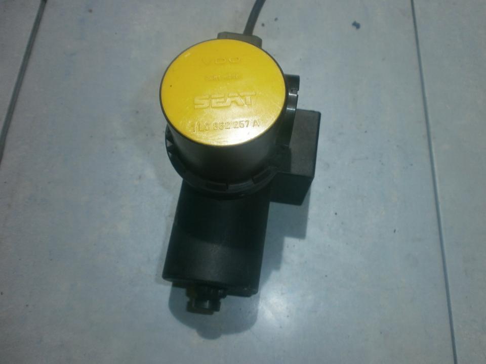 Centrine vakuumo valdymo pompa 1L0862257A  Volkswagen POLO 1993 1.0