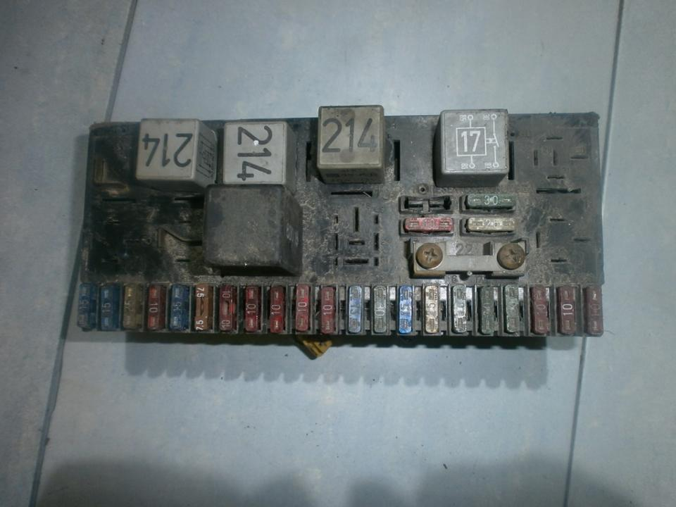 Fuse box  Audi  100, C2 1976.06 - 1982.07