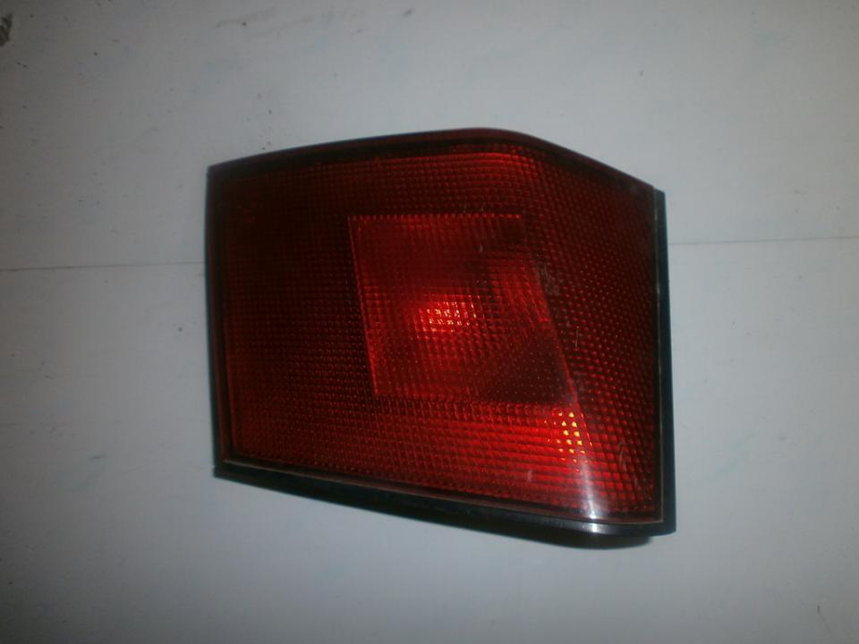 Galinio Dangcio zibintas G.K. (kapoto) MB952167  Mitsubishi CARISMA 1998 1.8