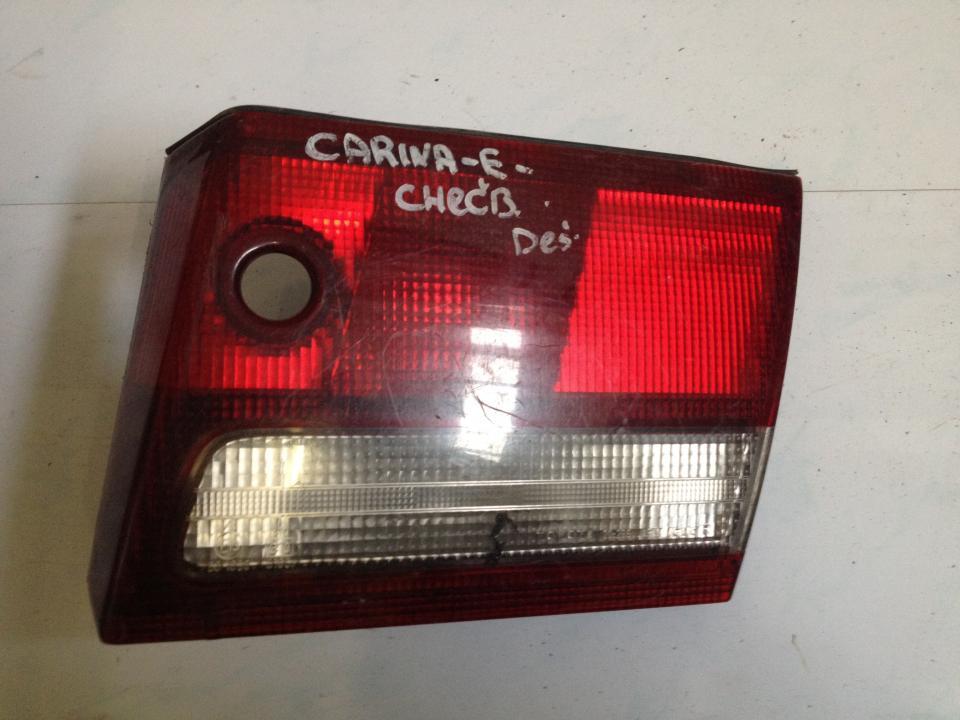 Фонарь задний внутренний правый 20299r  Toyota CARINA 1994 1.6