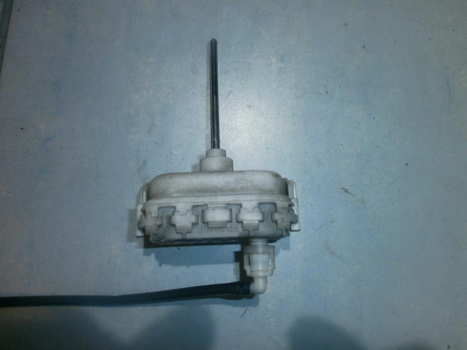 Duru uzrakto vakuumine pompele 862153  Audi A3 1999 1.9