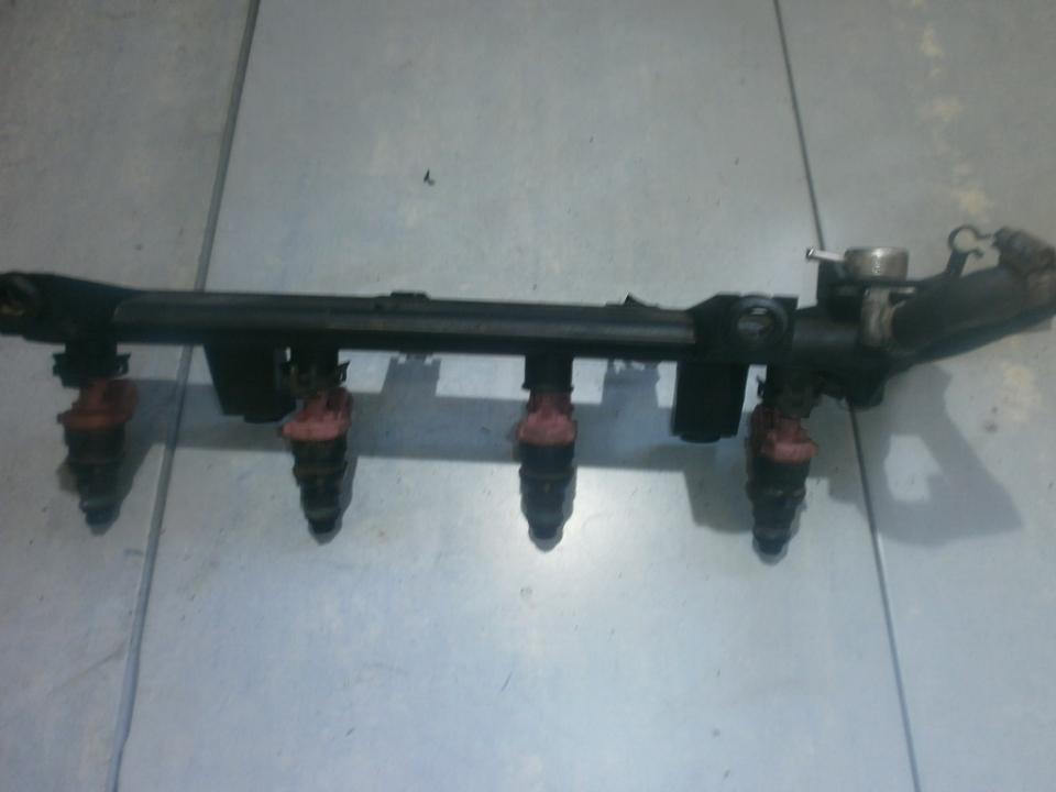 Топливная система (Магистральная трубка топлива) 9632577580 028155216 Peugeot 406 1998 2.1