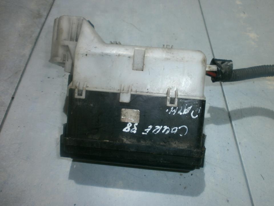 fuse box daihatsu cuore 1998 0 8l 14eur eis00024960 used parts shop 4WD Daihatsu Cuore fuse box daihatsu cuore 1998 0 8l 14eur eis00024960