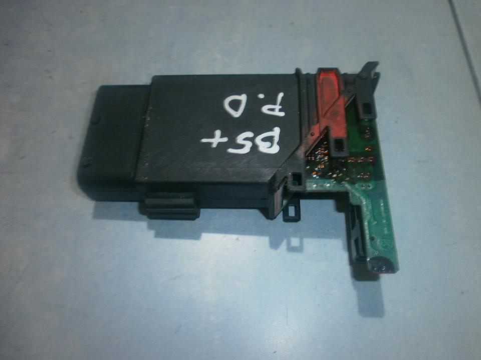 Window Motor Control unit Volkswagen Passat 2002    1.8 105405301