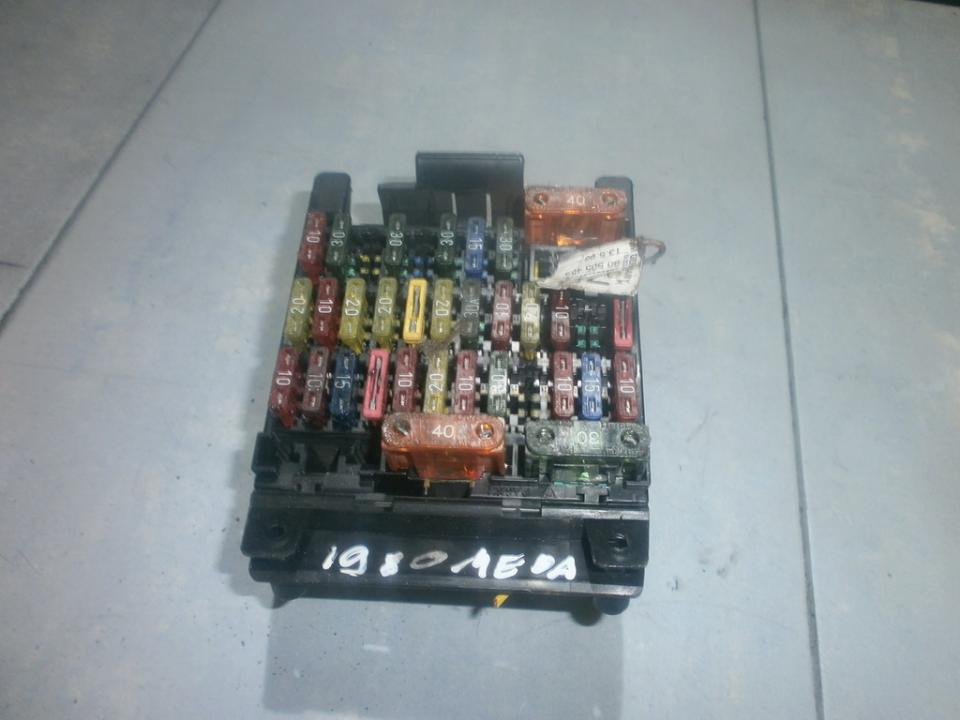 yg8g fuse box opel omega 1995 2 5l 23eur eis00027246 used parts shop