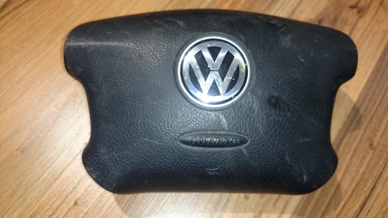 Vairo oro pagalve 3b088201an  Volkswagen GOLF 2005 1.9